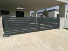 Hliníkový plot NOVUM, vzor N 04, barva šedá mat struktura RAL 7016