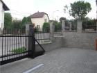 Kovaný plot provedení STYLE, vzor AW.10.07, barva černá mat struktura RAL 9005