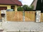 Dřevoplastový plot FOREST, dekor Cedar, rámy a nosníky ocelové - barva šedá RAL 7030