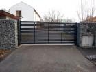 Moderní plot z ocelových profilů MODERN, vzor AW.10.104, barva šedá grafitová RAL 7016