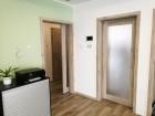 Posuvné dveře na stěnu rámové STILE, vzor FRÉZIE 3, povrch Jilm 3D Greko