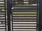Moderní vchodová branka z ocelových profilů MODERN, vzor AW.10.105, barva černá mat struktura RAL 9005