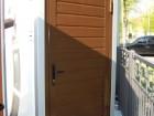 Garážové dveře ze sendvičových panelů, design lamela, barva hnědá RAL 8014